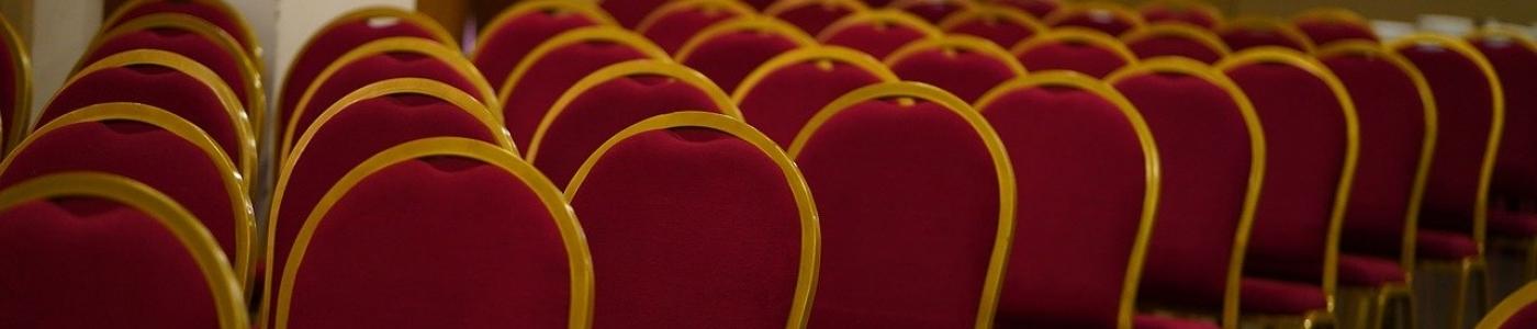 Convention Center Chair Seminar  - shameersrk / Pixabay